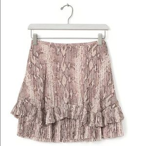 BANANA republic mini skirt snakeskin print size 6